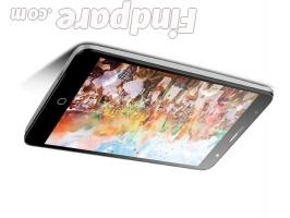 TCL 560 smartphone photo 3