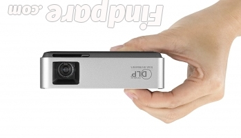 ASUS S1 portable projector photo 5