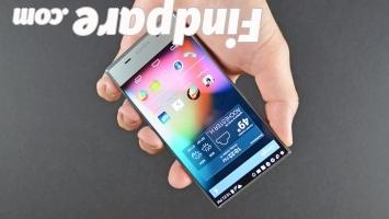 Sharp Aquos Crystal smartphone photo 4