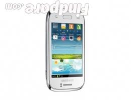 Samsung Galaxy Young smartphone photo 2