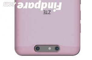 ZTE Blade V8 4GB 64GB smartphone photo 2