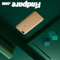 Oppo R11 smartphone photo 2