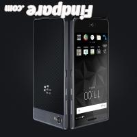 BlackBerry Motion smartphone photo 2
