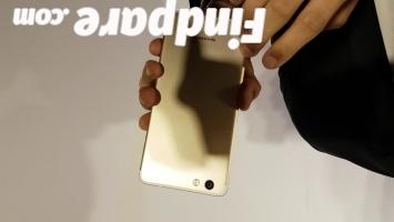 Sharp Z3 smartphone photo 2