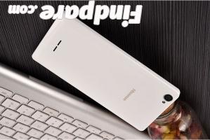 HiSense M30 smartphone photo 1