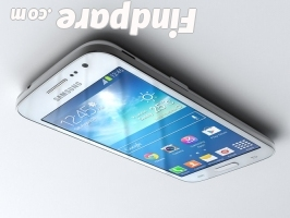 Samsung Galaxy Core LTE smartphone photo 3