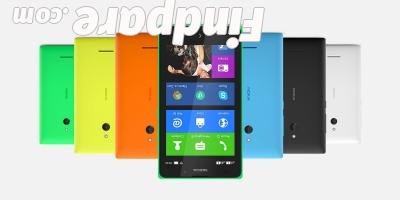 Nokia XL smartphone photo 1