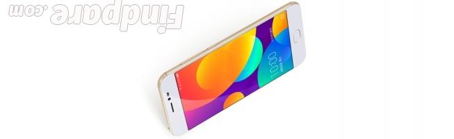360 F5 smartphone photo 1