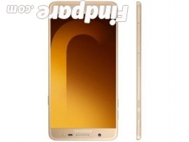 Samsung Galaxy J7 Max smartphone photo 1