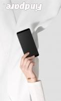 Oppo R11s smartphone photo 2
