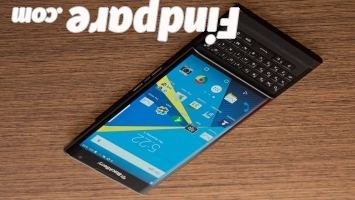 BlackBerry Priv smartphone photo 4