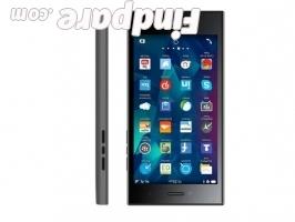 BlackBerry Leap smartphone photo 1