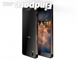 HiSense C30 smartphone photo 2
