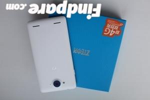 ZTE V5S smartphone photo 2