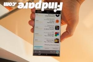 Sharp Aquos Crystal smartphone photo 3