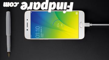 Oppo R9s smartphone photo 5