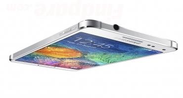 Samsung Galaxy Alpha smartphone photo 4