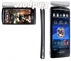 Sony Ericsson Xperia Arc S smartphone photo 1