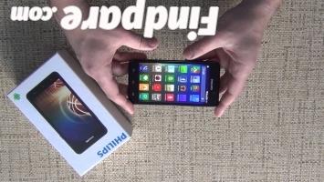 Philips Xenium V526 smartphone photo 3
