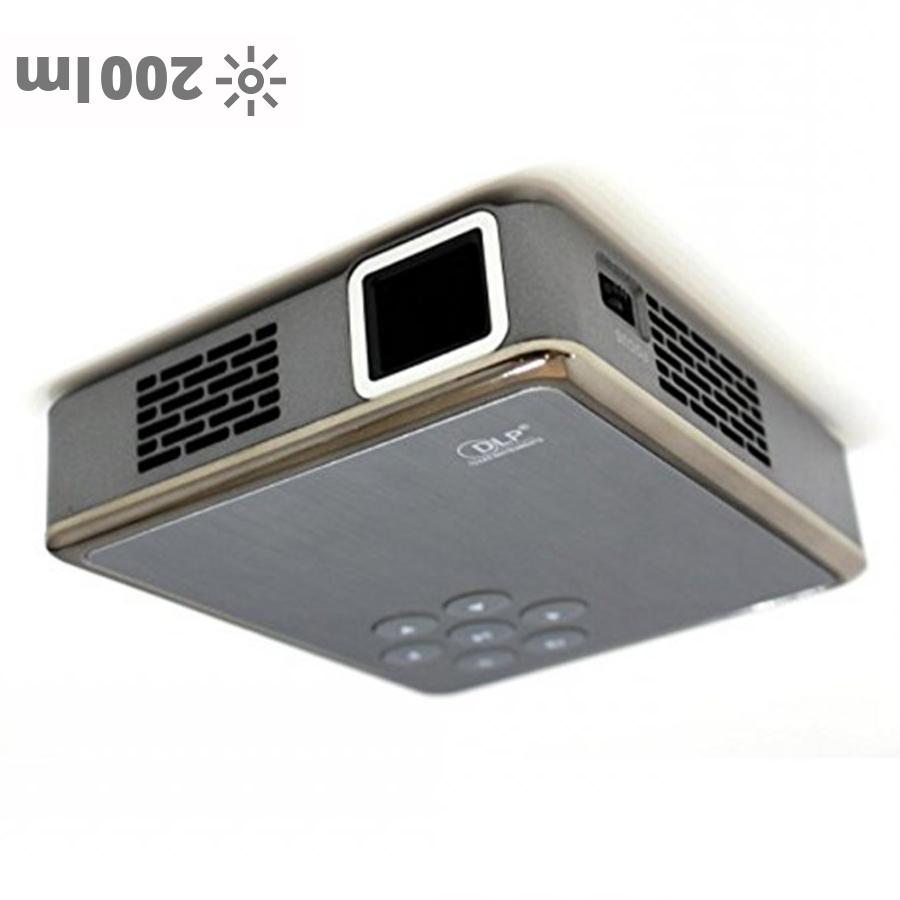 Pico Genie P200 portable projector