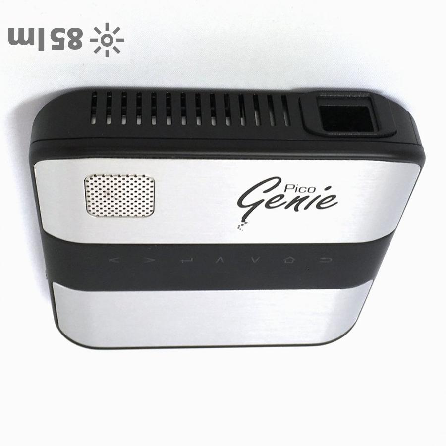 Pico Genie P85 portable projector