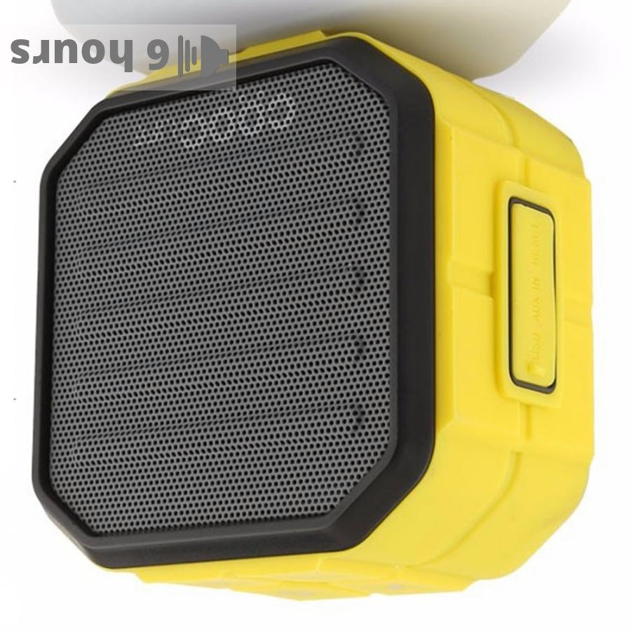 CRDC S106B portable speaker