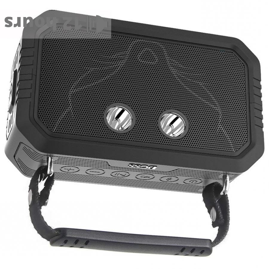 DOSS Traveler portable speaker