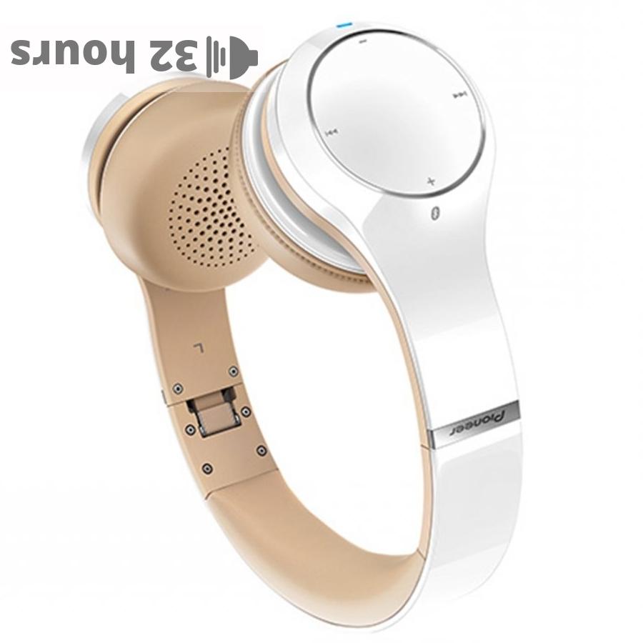 Pioneer SE-MJ771BT wireless headphones